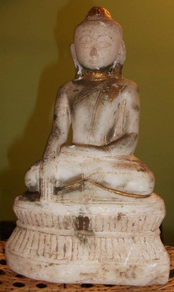 buddha figuren aus stein. Black Bedroom Furniture Sets. Home Design Ideas