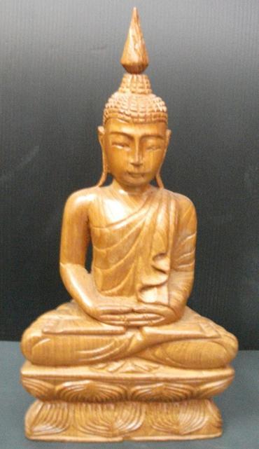 Buddha figuren aus teakwood for Buddha figur holz