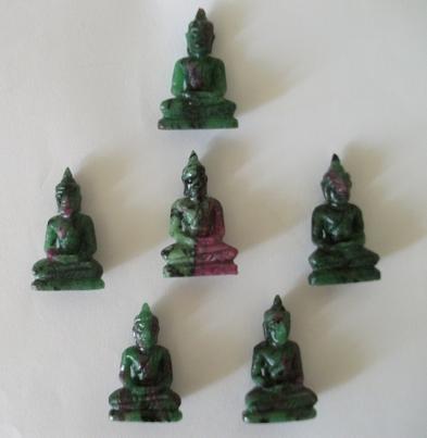 buddha figuren aus edelstein. Black Bedroom Furniture Sets. Home Design Ideas